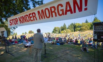 Kinder-Morgan-Protest_Mark-KlotzWikimedia-Commons-800x485